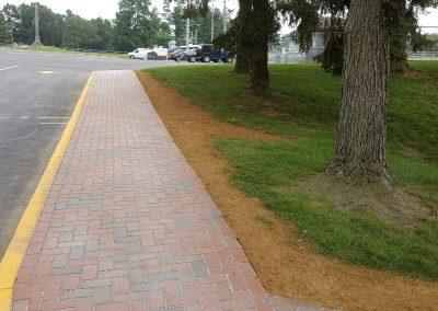 Walkway - Hardscaping | Tom Hershey Landscaping